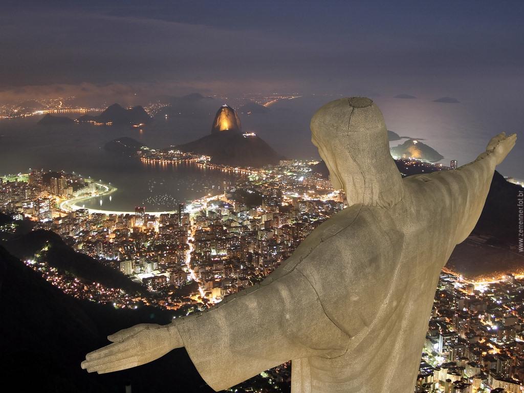 O Cristo Redentor, monumento mais conhecido do Brasil, ficará às escuras entre 20:30h e 21:30 de hoje por um clima mais ameno em todo o mundo.