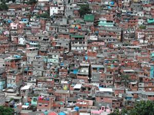 A maior favela da América Latina vista do Alto.