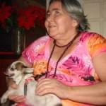 Cães Terapeutas visitam Idosas Deficientes Visuais