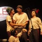 Espetáculo Z.É. (Zenas Emprovisadas) com Maria Clara Gueiros no Teatro Oi Casa Grande